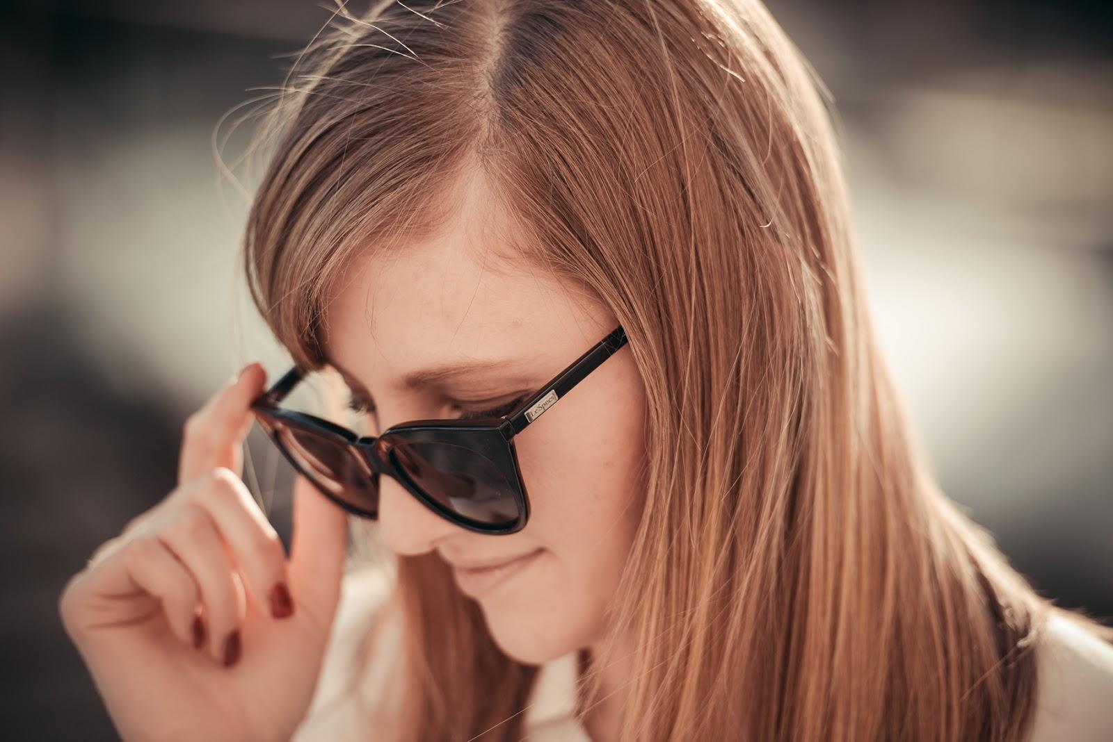 girissima, style blog blogger, fashion blogger, le specs cat eye black sunglasses