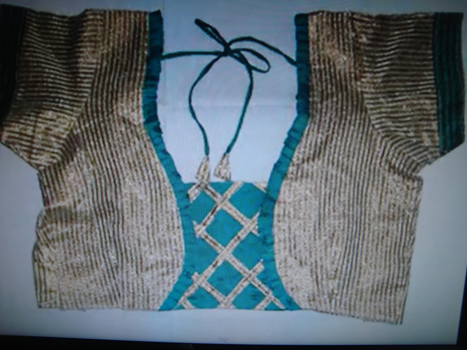 Blouse Style Including Hand Embroidery Machine Embroidery Beads