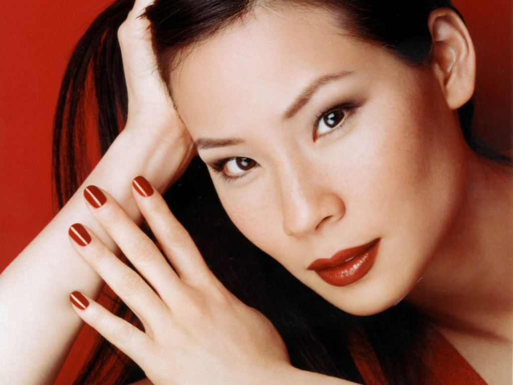Lucy Liu Standard Resolution Wallpaper