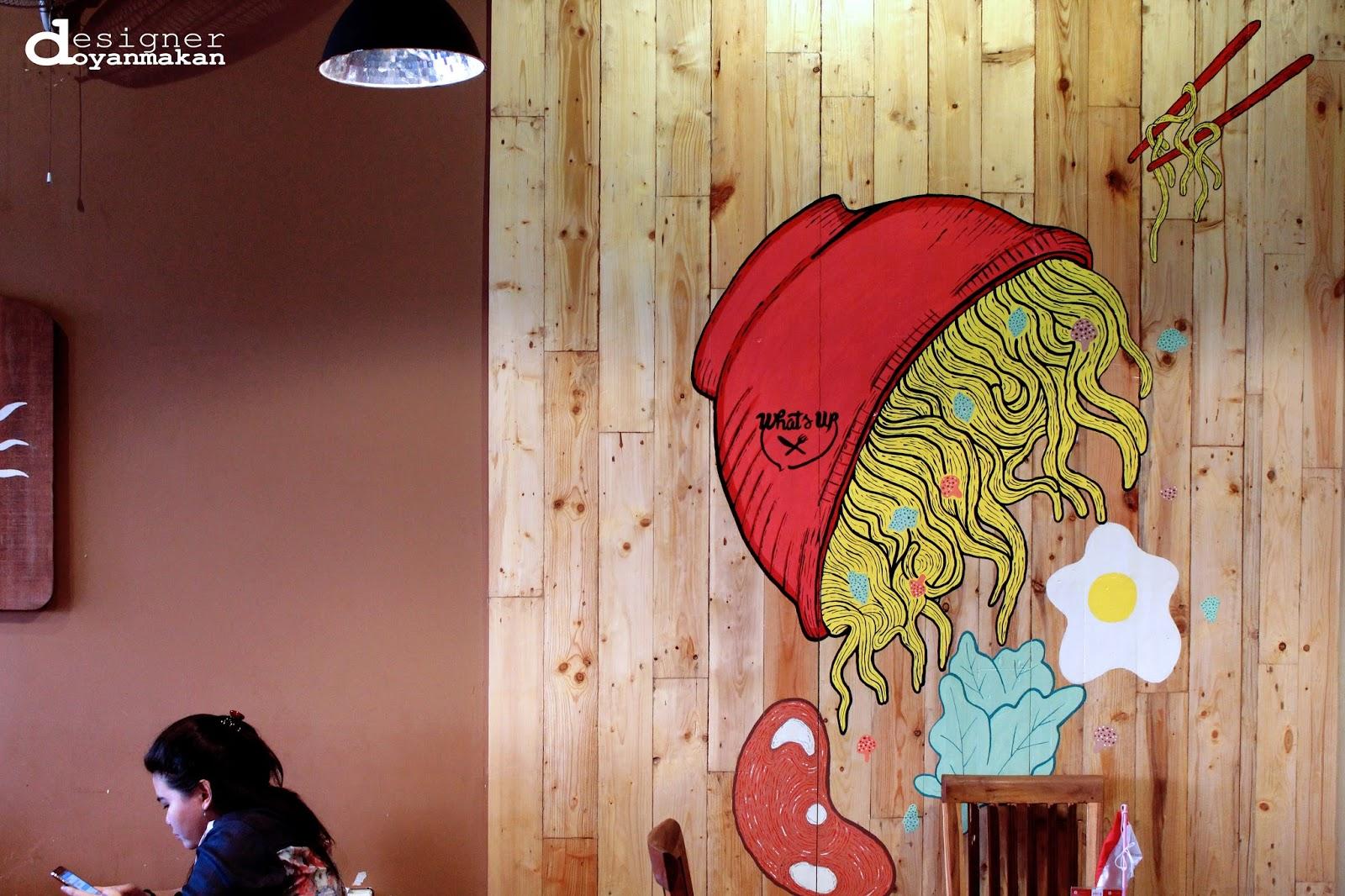 designer doyan makan: what's up cafe, depok