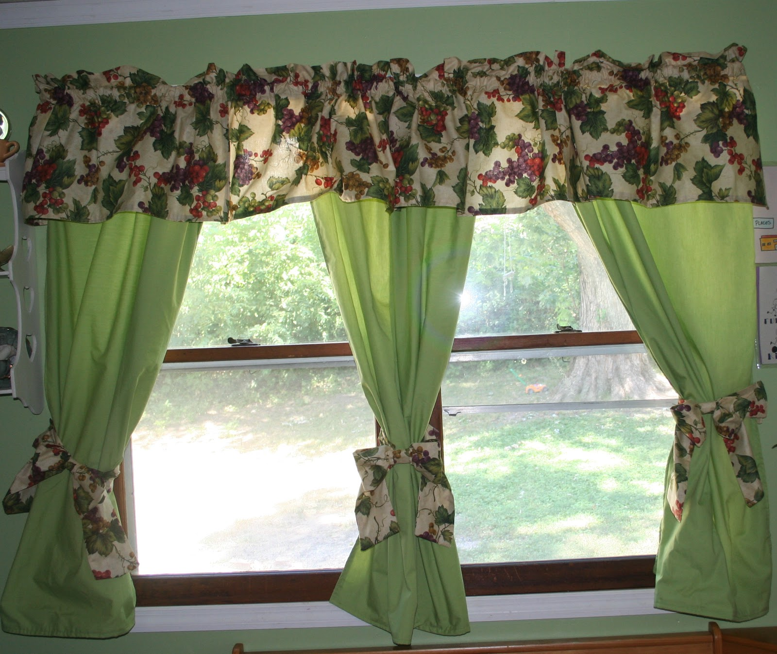 How To Make Kitchen Curtains - Home Design