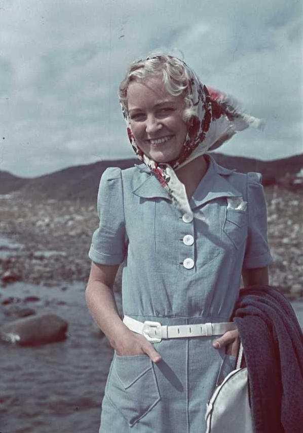 1940s Fashion #vintage #1940s #fashion #1930s #style