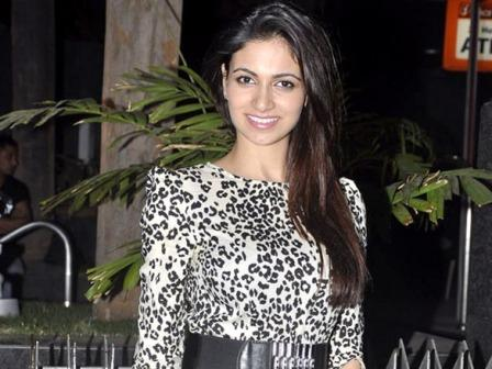 Miss India Simran Mundi latest pics 2012 - Simran Kaur Mundi at Super Fight League's post party at Royalty