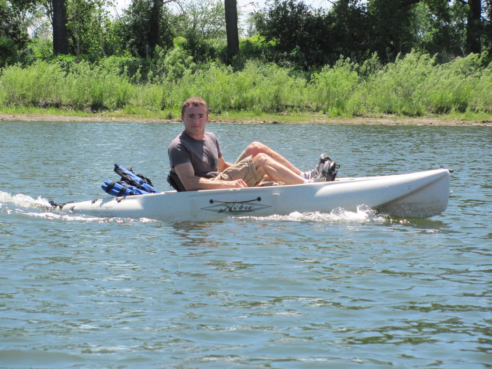 Kayaking the lakes of south dakota sdcka paddling fair for Paddle boat fishing