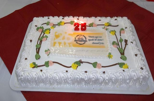Preciosa tarta que se comió después del culto