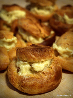 thehomefoodcook - durian puffs