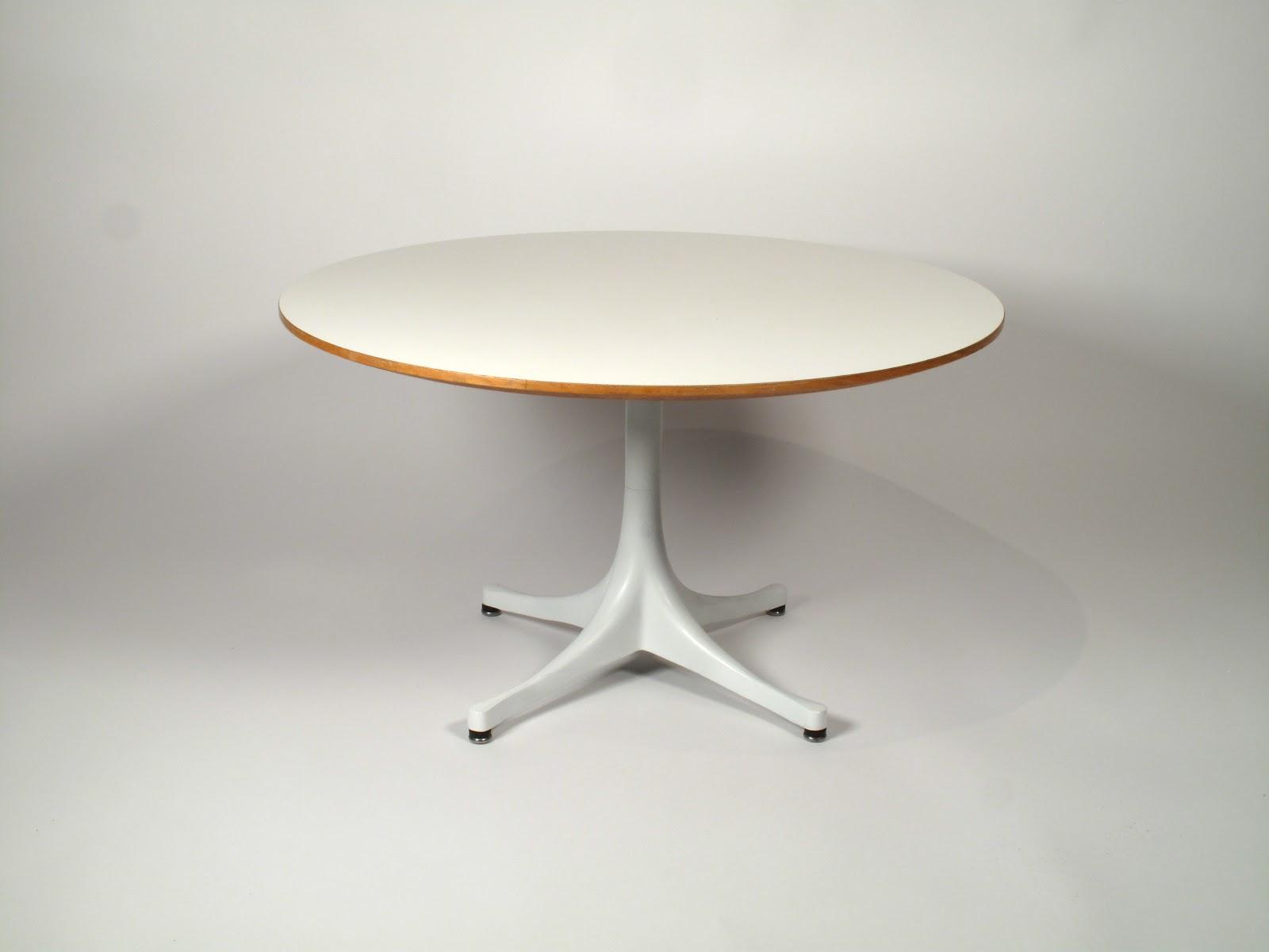 George Nelson Swag Leg Coffee/Side Table 1960u0027s