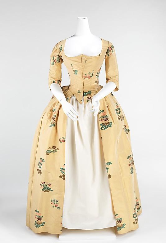 Bien-aimé La mode au fil de l'histoire: Les costumes de The Duchess de Saul  ZU57
