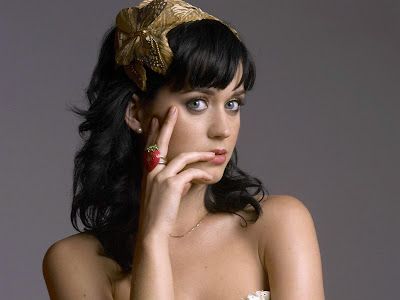 Katy Perry Glamour Wallpapers smile
