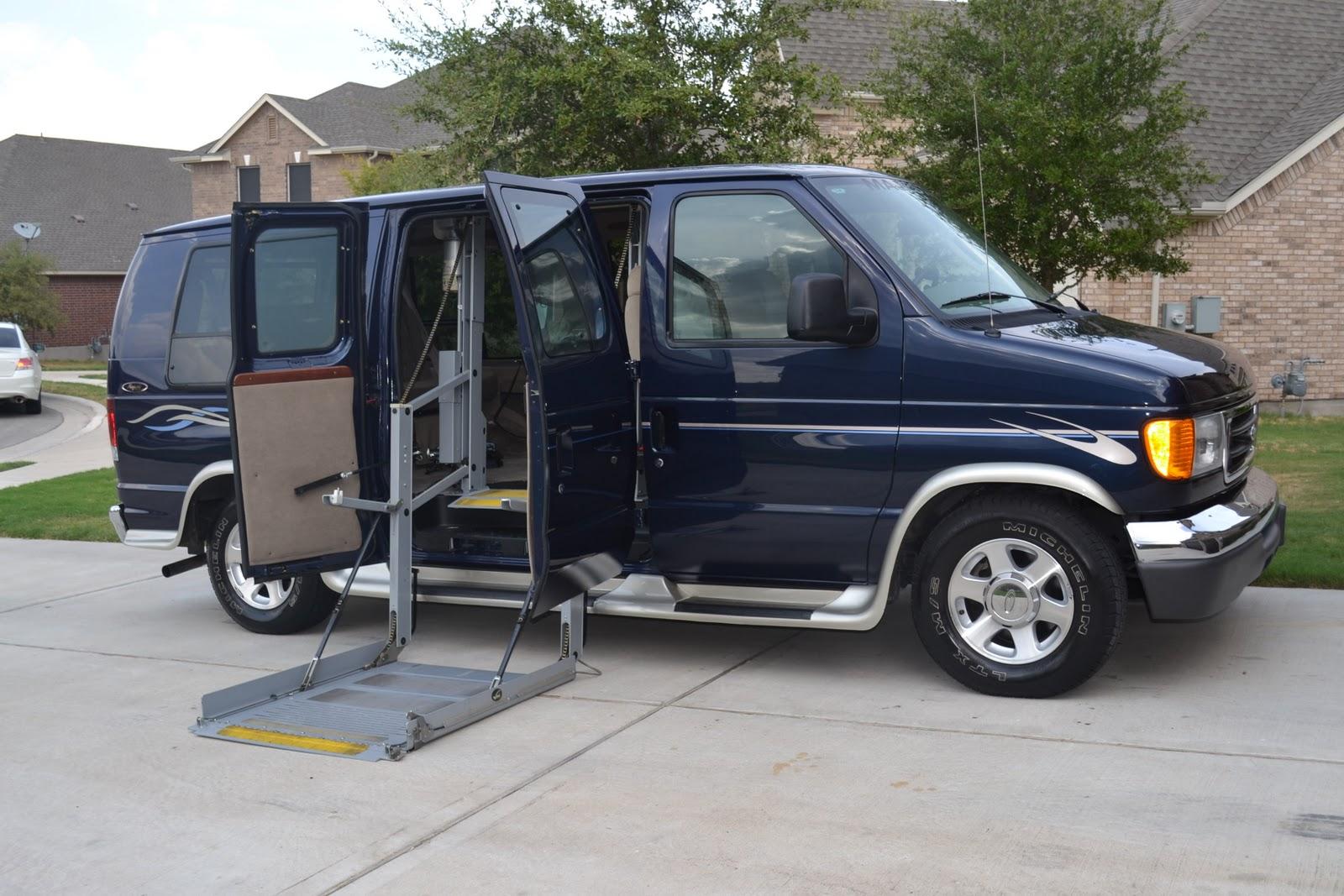 2005 ford e 150 handicap van fully modified