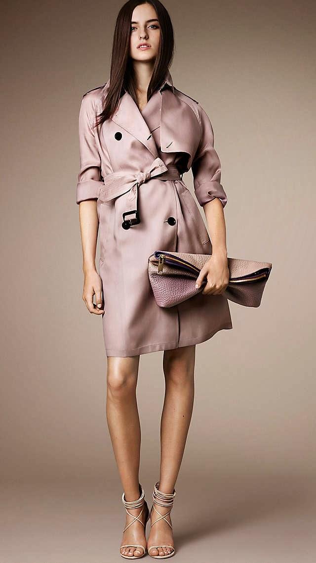 Burberry Giyim Müşteri Hizmetleri Telefon Numaraları 00 800 5297 266 bespoke@burberry.com   Burberry Lüks İngiliz moda markası burberry , giyim ve aksesuarın yanında bayan ve erkek parfümleri ile de kendine özen gösteren kadın ve erkeklerin tercihi olmaya devam ediyor,