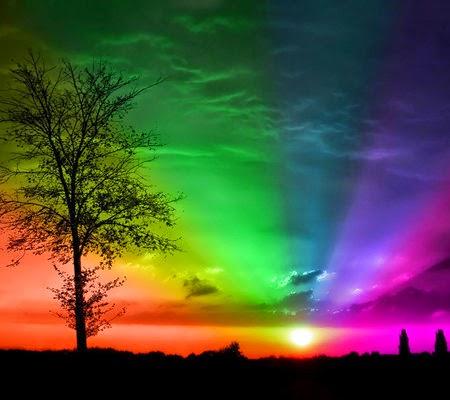 catatan tepi makna filosofis warna