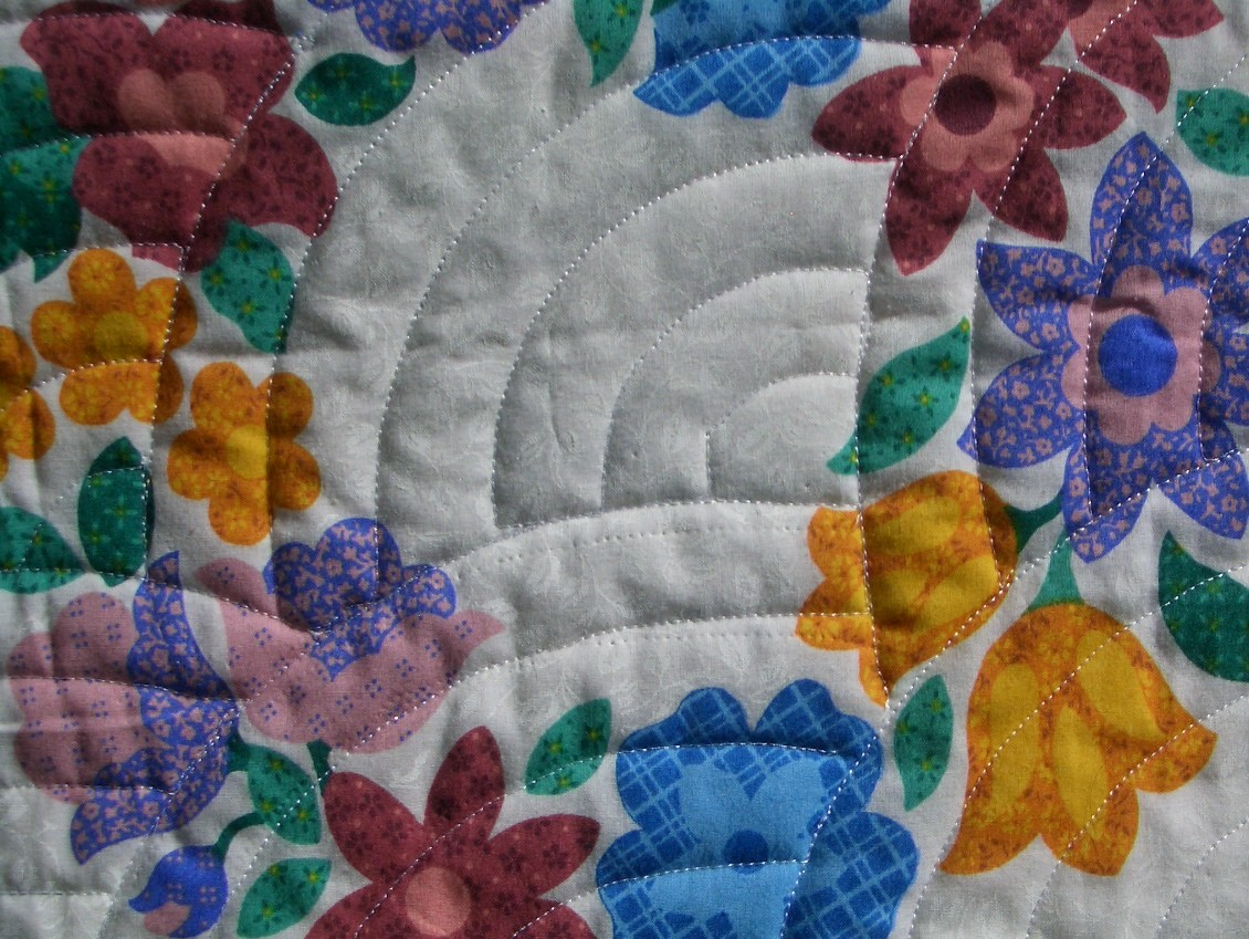 TopAnchor Quilting: How Many Ways Can You Quilt A Baptist Fan?