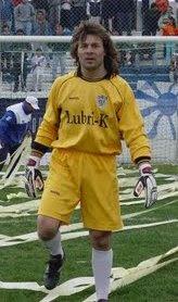 Homenaje a la gente y los jugadores que salvaron a Cipolletti de volver a la liga local
