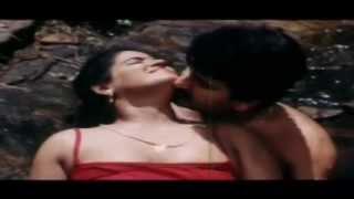 Hot Malayalam Movie 'Mohacheppu' Online