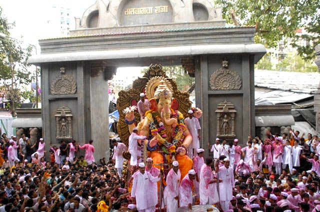 Lalbaugcha Raja Mumbai Ganesh Utsav Photos - Wallpapers