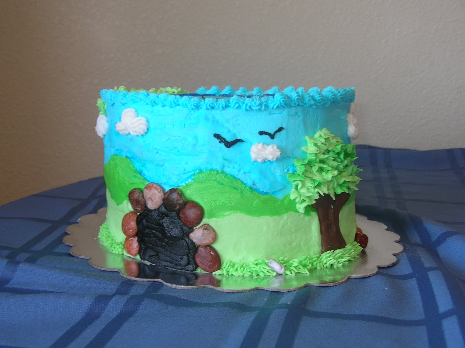 Crafting Weasels How To Make A Birthday Cake For A Boy Obsessed
