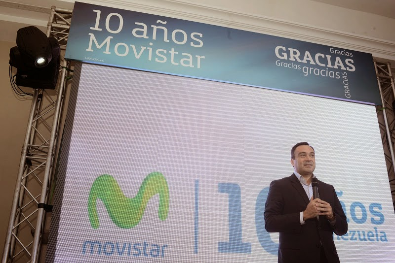 Con una inversión de más de 9 mil millones de Bolívares, la empresa de telecomunicaciones duplica el monto invertido en el 2013 y se consolida como el principal inversor privado del país, buscando poner la tecnología al alcance de todos los venezolanos. Como retribución a la sociedad venezolana, fue presentado el nuevo proyecto de inclusión digital que ya está desarrollando la empresa de telecomunicaciones y que comprende, entre otras acciones, la creación de 150 Salas Digitales con una inversión de 1.500 millones de Bolívares en tres años. Caracas, 10 de septiembre de 2014.- Contribuyendo con el desarrollo social y tecnológico