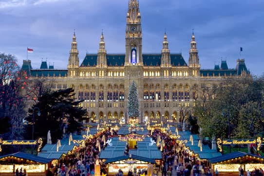 Christkindlmarkt at the Rathaus in Vienna