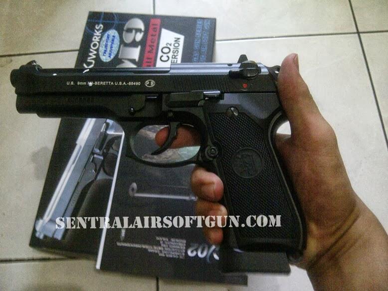 Jual Airsoft gun KJW Beretta M9