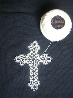 Piccolomondoantico croci a chiacchierino tatting crosses - Pagine da colorare croci ...