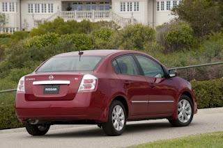 2013-Nissan-Sentra-colors-photo