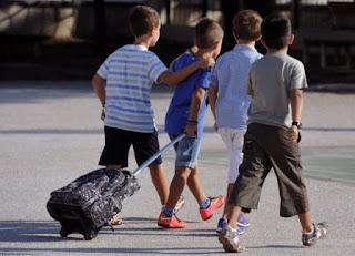 11χρονος μαθητής πήγε σε Δημοτικό της Μάνης με 128 σφαίρες και φυσίγγια στη τσάντα του