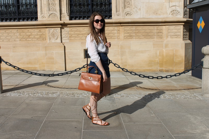outfit, outfits, fashion, fashion blogger, blogger, trend, denim, white, tan, sandals, gladiator sandals, summer, brown, boho, bohemian, hippie, sunglasses, hermes, birkin, birkin bag