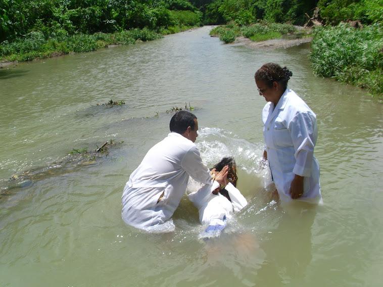 BAUTISMO 25-8-2012