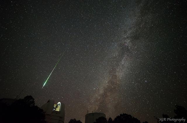 Foto-foto Hujan Meteor Perseid 2013 di Seluruh Dunia