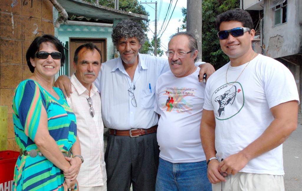 Andrea Manso, diretora da Escola Sylvio Amaral, Wanderley Peres e diretores da Amagg Magal, Armindo Coelho e Leonardo Calazans