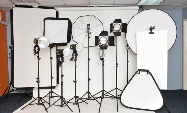 Hasil gambar untuk Memahami Cara Penggunaan Peralatan Tata Cahaya