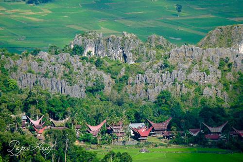 Toraja, Menjaga Menara Air