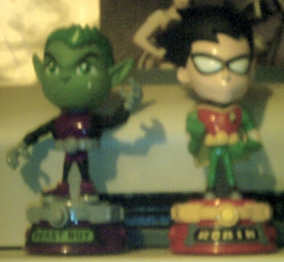 Super Deformed Beast Boy and Robin figures from Bandai