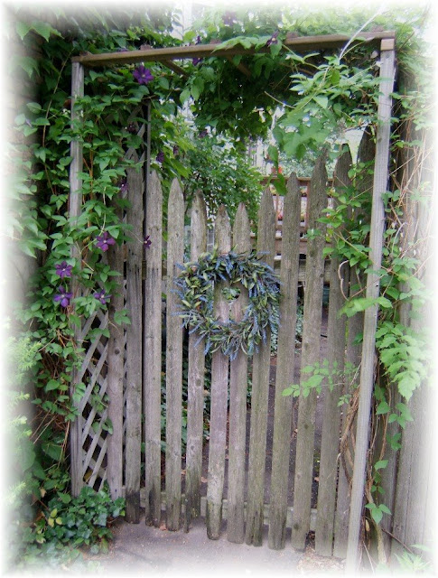 I {{{ Heart }}} My Garden Gates.