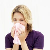 beda flu pilek
