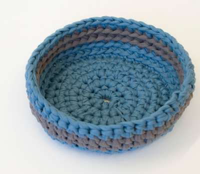 Teal Grey Crochet bowl 01 by welaughindoors