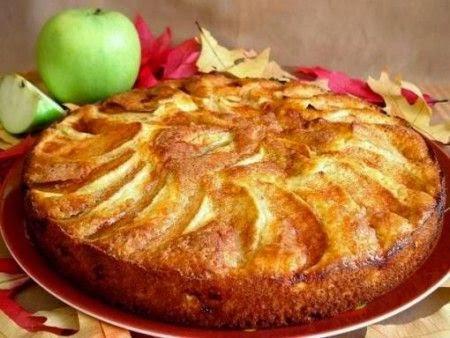 Fatto in casa torta di mele light senza burro e con lo for Torta di mele e yogurt fatto in casa da benedetta