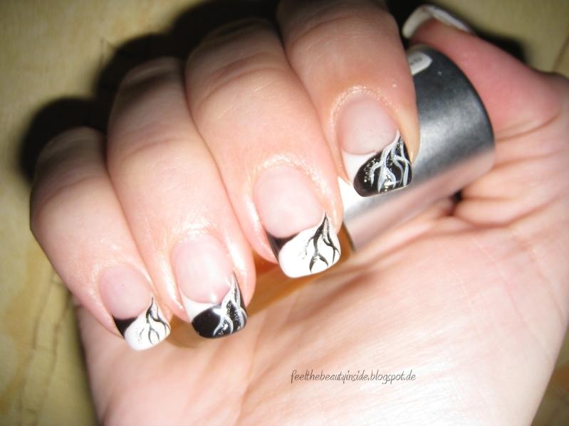 Fineliner Nageldesign Schwarz Weiß  - nageldesign french schwarz weiß