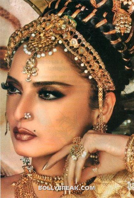 rekha hot tamil south indian hot wallpaper - (13) - Rekha Hot Pics - 1980's 1970's Rekha Photo Gallery