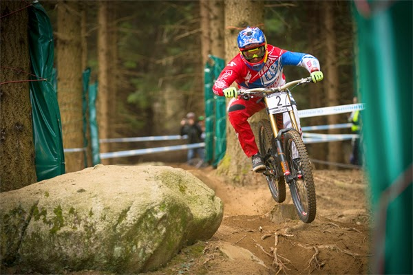 2015 Lourdes UCI World Cup Downhill: Extended Race Highlights