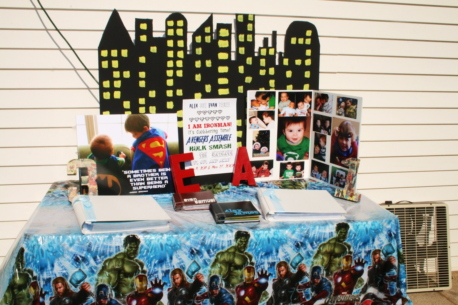 Avengers Party Decorations 17 Best Images About Trick Or Truck On Pinterest Party Cakes