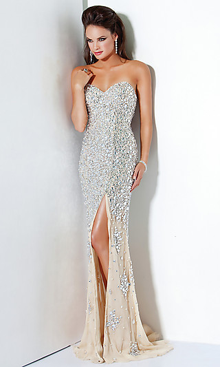 Модні випускні плаття 2012 (фото)