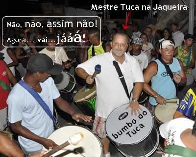 Tuca toca bumbo no Bloco da Jaqueira!