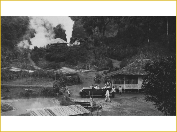 A trip by car to the Kawah Kamojang (1920-1937)