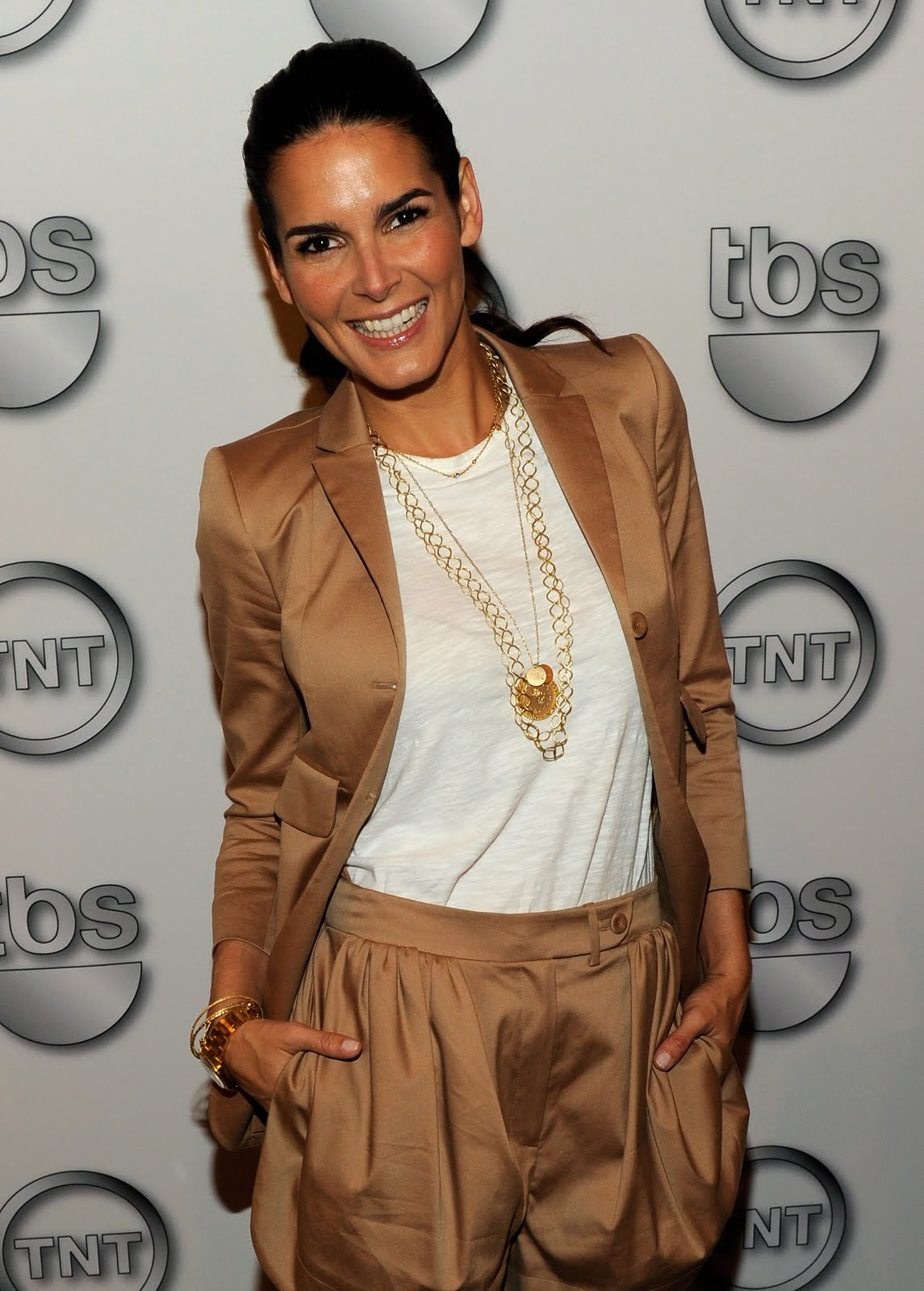 Angie Harmon Young Model - Viewing Gallery Sandra Bullock Nc