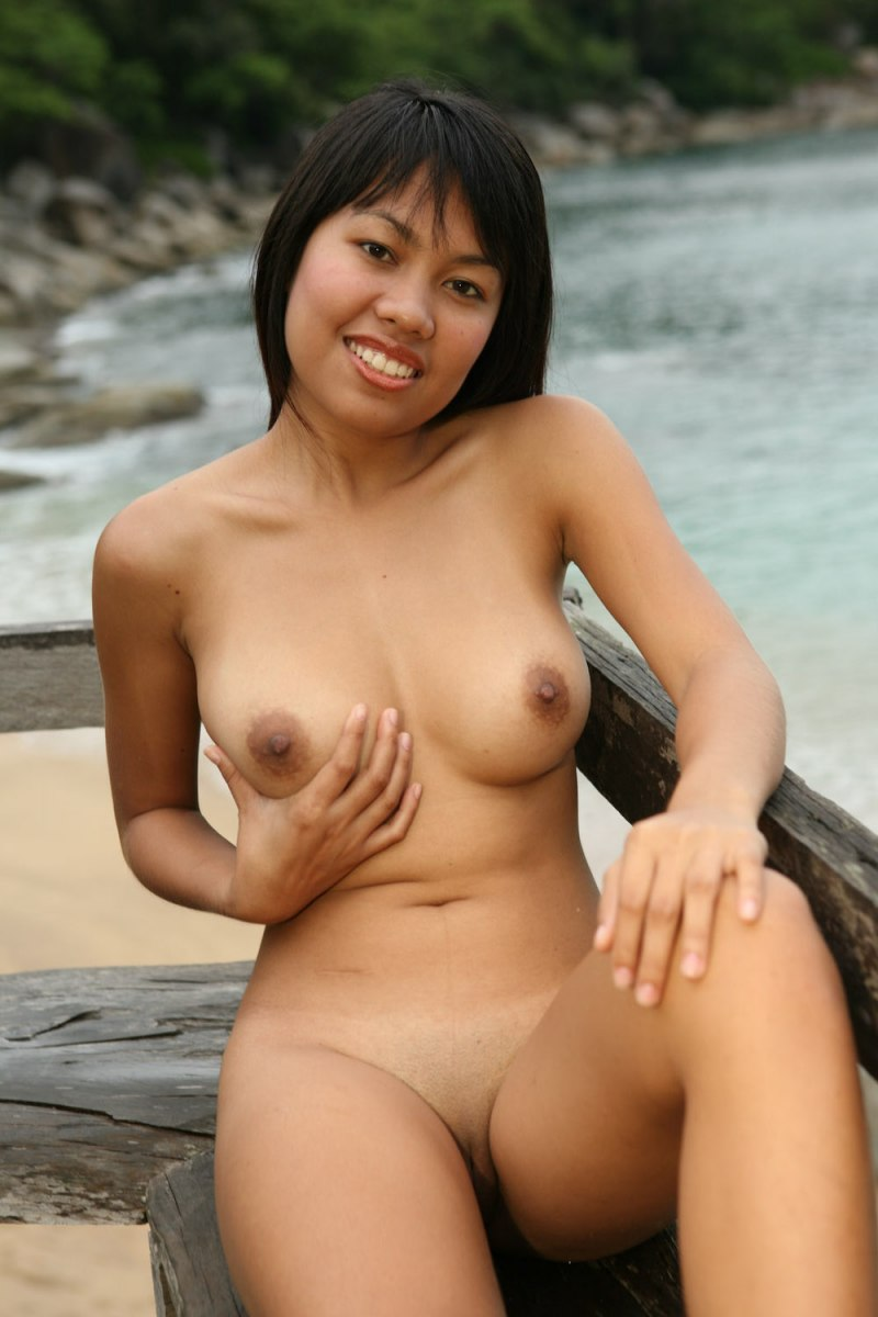 naked in beach pinay