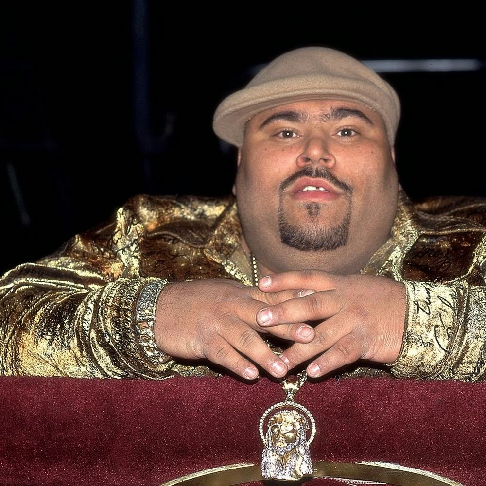 In memorian Big Pun Nascimento: 10 de novembro de 1971,Falecimento: 7 de fevereiro de 2000