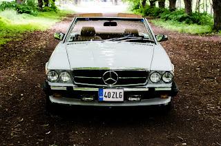 21 Mercedes-Benz 560SL R107 1988