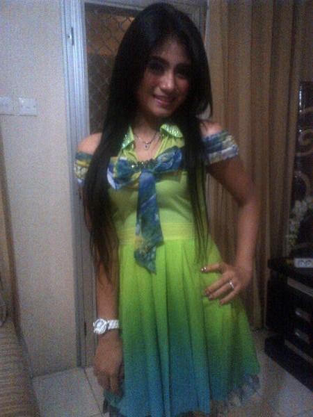 Senyum Manis Lina Marlina